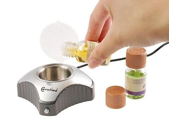 Для дезинфекции помещений можно использовать  ароматические лампы с добавлением масел