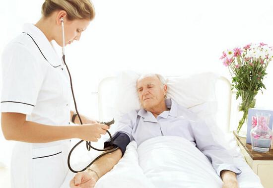 Для успешного лечения ларингита необходимо соблюдать постельный режим и следовать рекомендациям врача