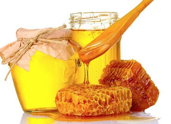 Мед  при лечении ангины