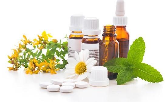 Лечение производится лекарствами и народными средствами