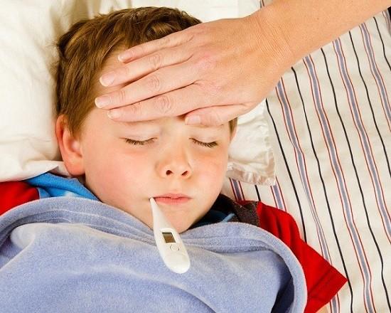 Герпесная ангина у детей: причины, симптомы, лечение