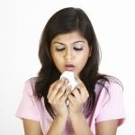 Кашель с кровью при простуде: причины, лечение