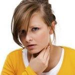 Белые гнойники в горле, способы лечения у детей и взрослых