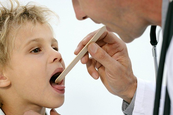 Стрептококковая инфекция горла: симптомы и лечение