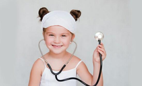 Аллергический фарингит встречается у детей