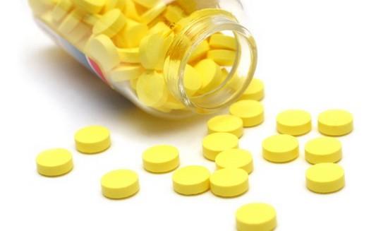 Лечение ангины раствором фурацилина thumbnail