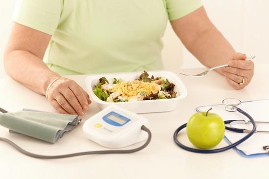 Соблюдение диеты очень важно во время лечения фарингита