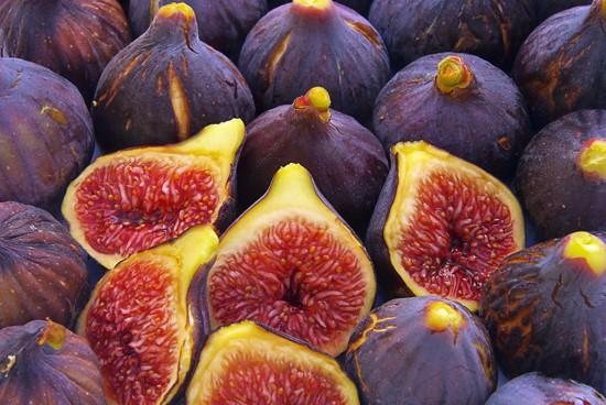 Инжир - вкусное средство для лечения  тонзиллита и ангины