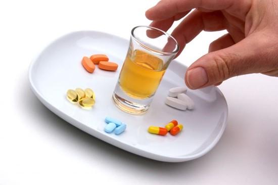 Взаимодействие аугментина с другими препаратами